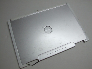 Capac LCD Dell Inspiron 9400 CN-0DF050