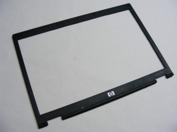 Rama capac LCD HP Compaq NX8220 6070A0096901